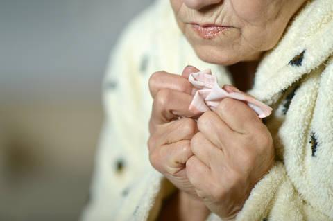 4 Key Pneumonia Prevention Tips for Seniors