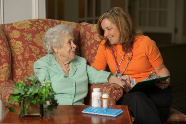 The benefits of working with a geriatric nurse - United Methodist Homes