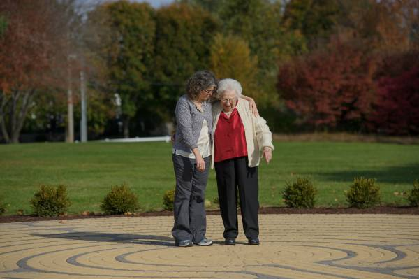 Caring for an Aging Parent: Impact of the Holiday Season