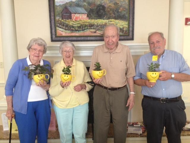 Middlewoods of Farmington residents celebrate Teleflora's Make Someone Smile Week