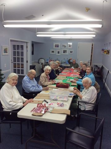 Crosby Residents Decorating Lunch Bags