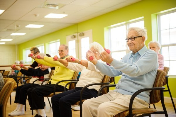 5 Fitness Tips for Seniors with Limited Mobility