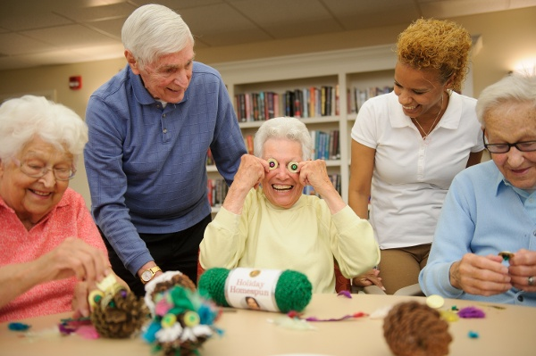 Quality Activities Keep Assisted Living Residents Smiling