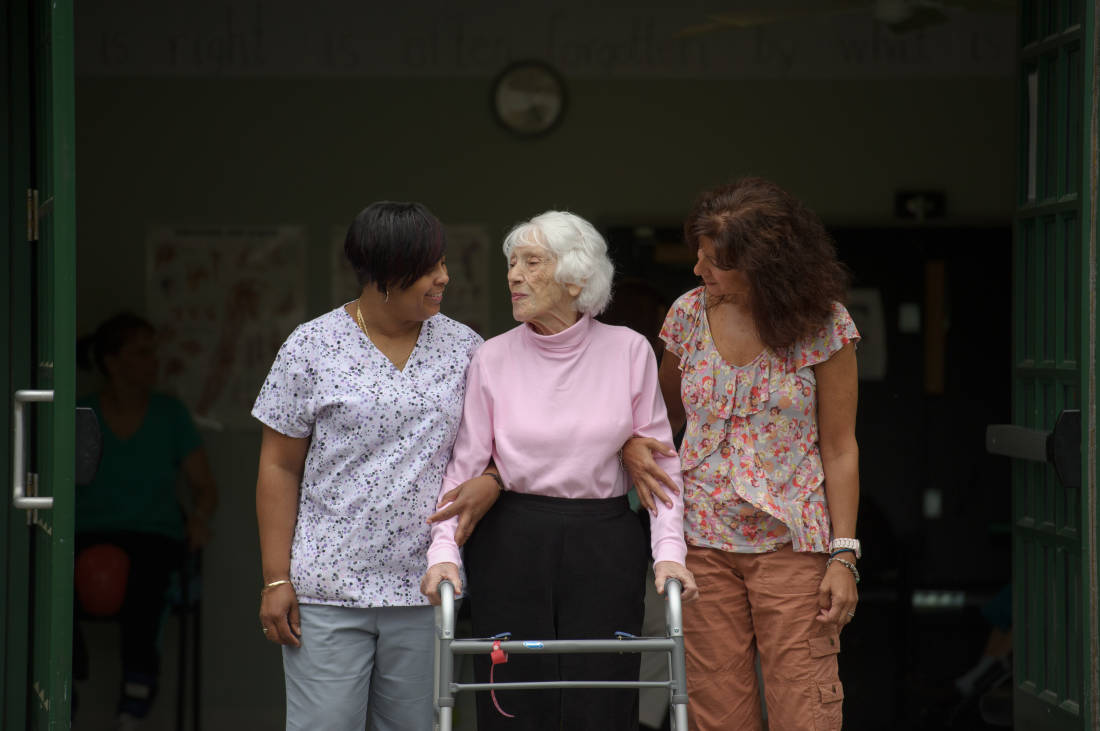 5 Ways Occupational Therapy Can Help Your Aging Loved One