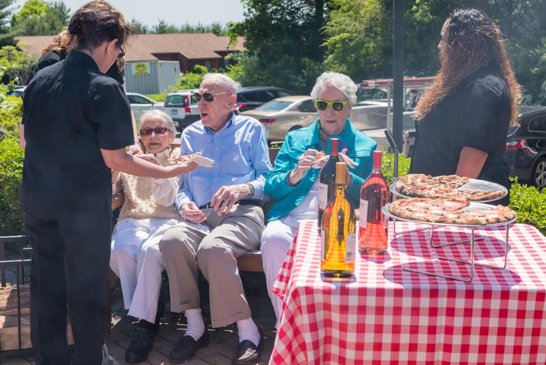7 Best Restaurants in Farmington, CT for Seniors