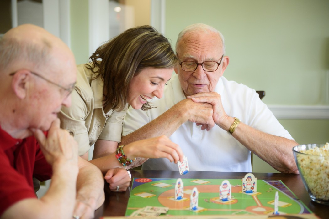 What Are the Best Senior Care Options for a Loved One with Alzheimer