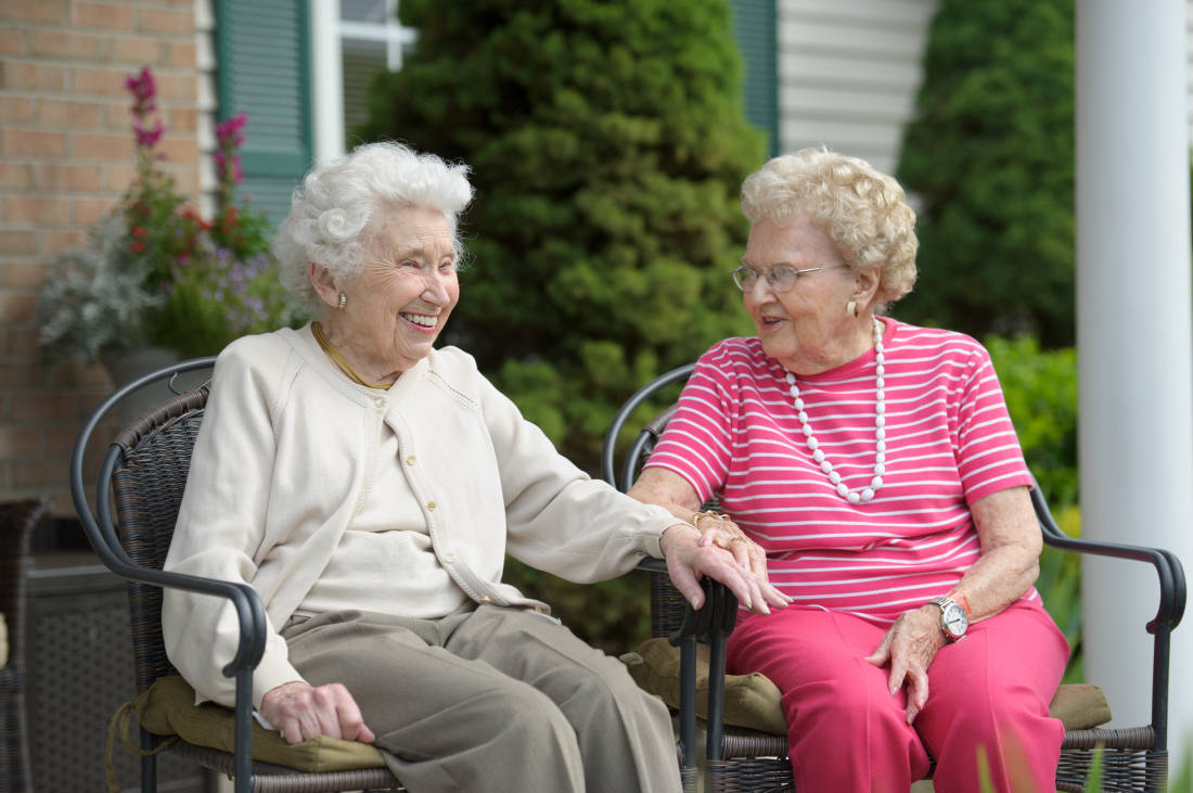 5 Reasons to Move into an Assisted Living Community in Connecticut
